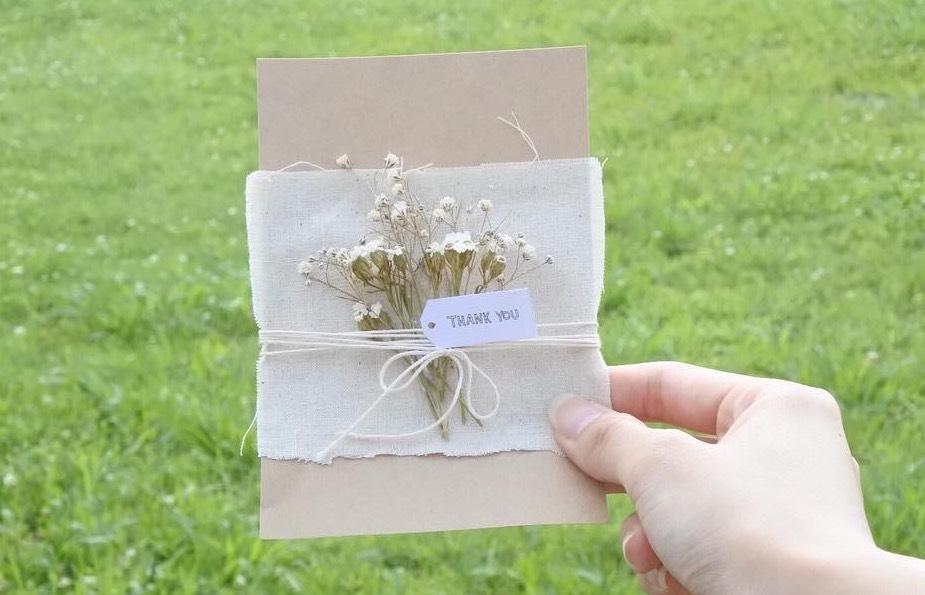 お店で買うより可愛い立体的なメッセージカードの作り方